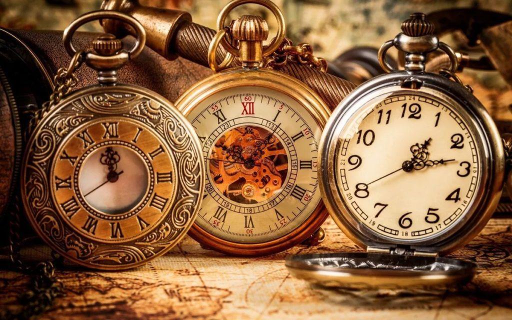 важно всегда обращать внимание на часы и совпадение чисел